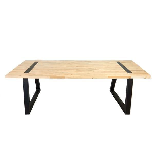 ABLE GEPERST PALLET is een designtafel met geperst pallet houten tafelblad en een metalen onderstel van Tolhuijs Design. Dit duurzame design functioneert als eet- en werktafel.