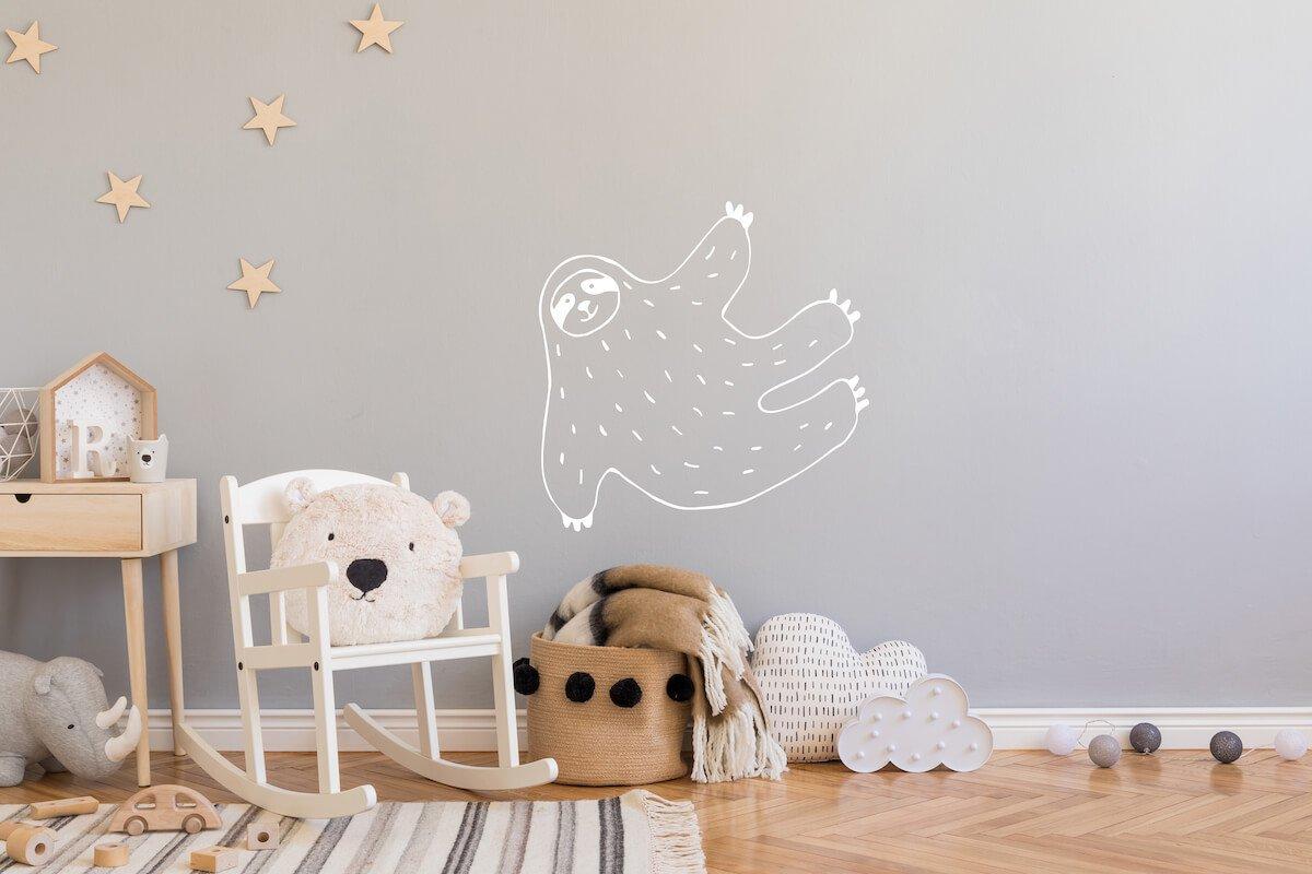 Dieren muursticker kinderkamer luiaard bij Studio Perspective