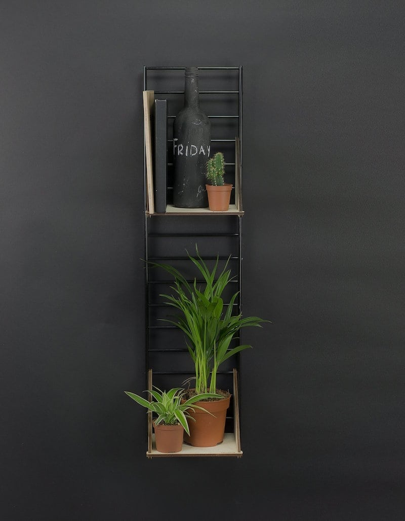 Fency Pakket Mini van Tolhuijs is een modulair wandrek en past perfect in de woonkamer, keuken, badkamer, werkplek of kinderkamer.