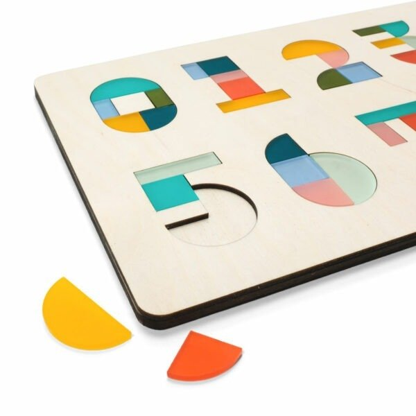 Houten kinderpuzzel met cijfers een origineel en persoonlijk kindercadeau