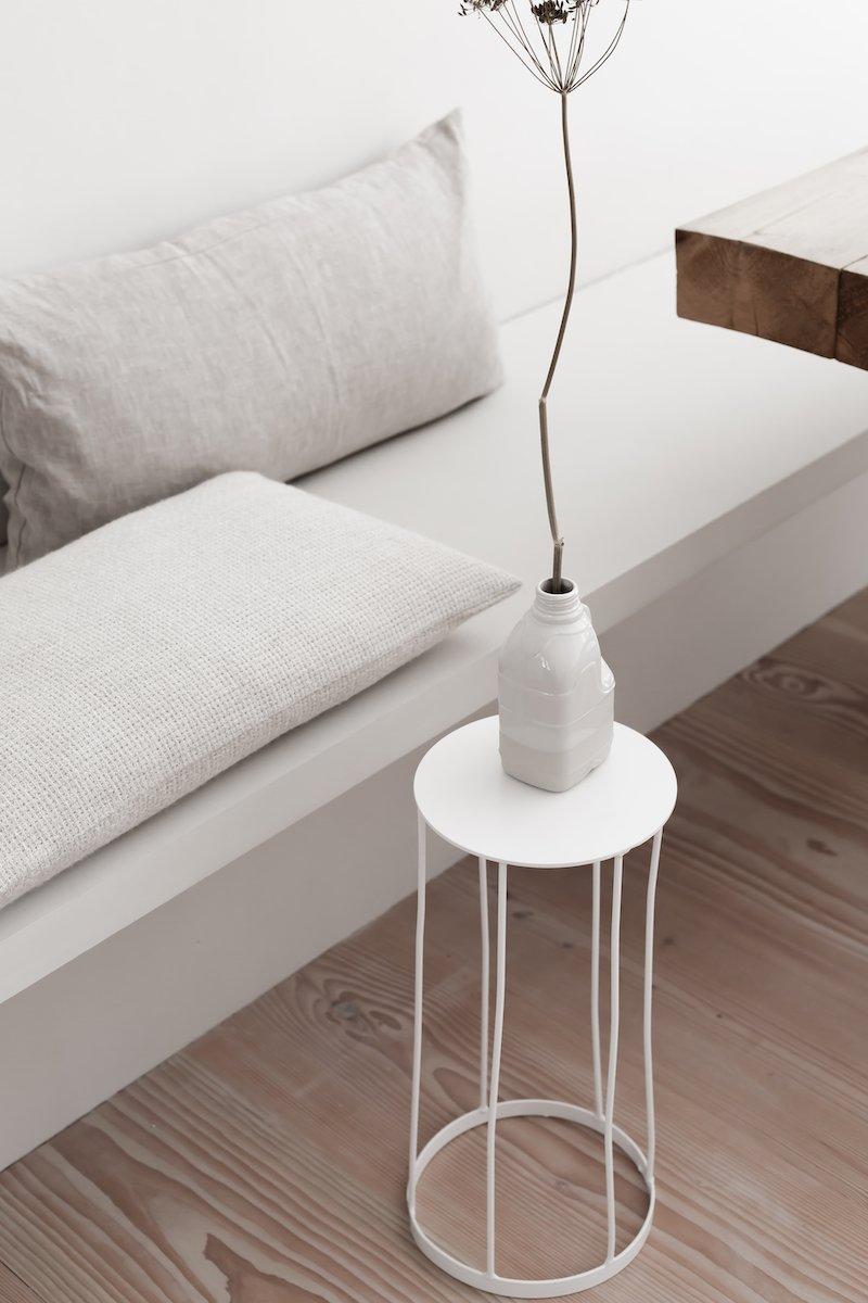 Witte koffietafel rond bij Studio Perspective