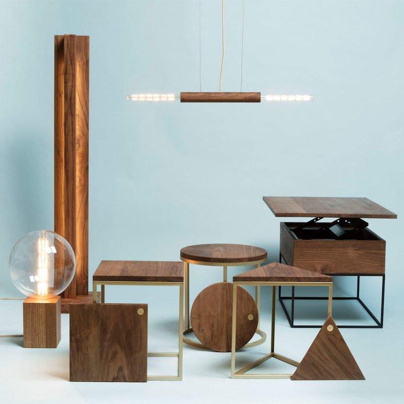 Circulaire kantoorinrichting met duurzame staande lamp van hout