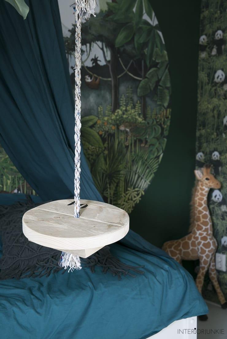 Rescued Schommel Swing Touw Hout Studio Perspective