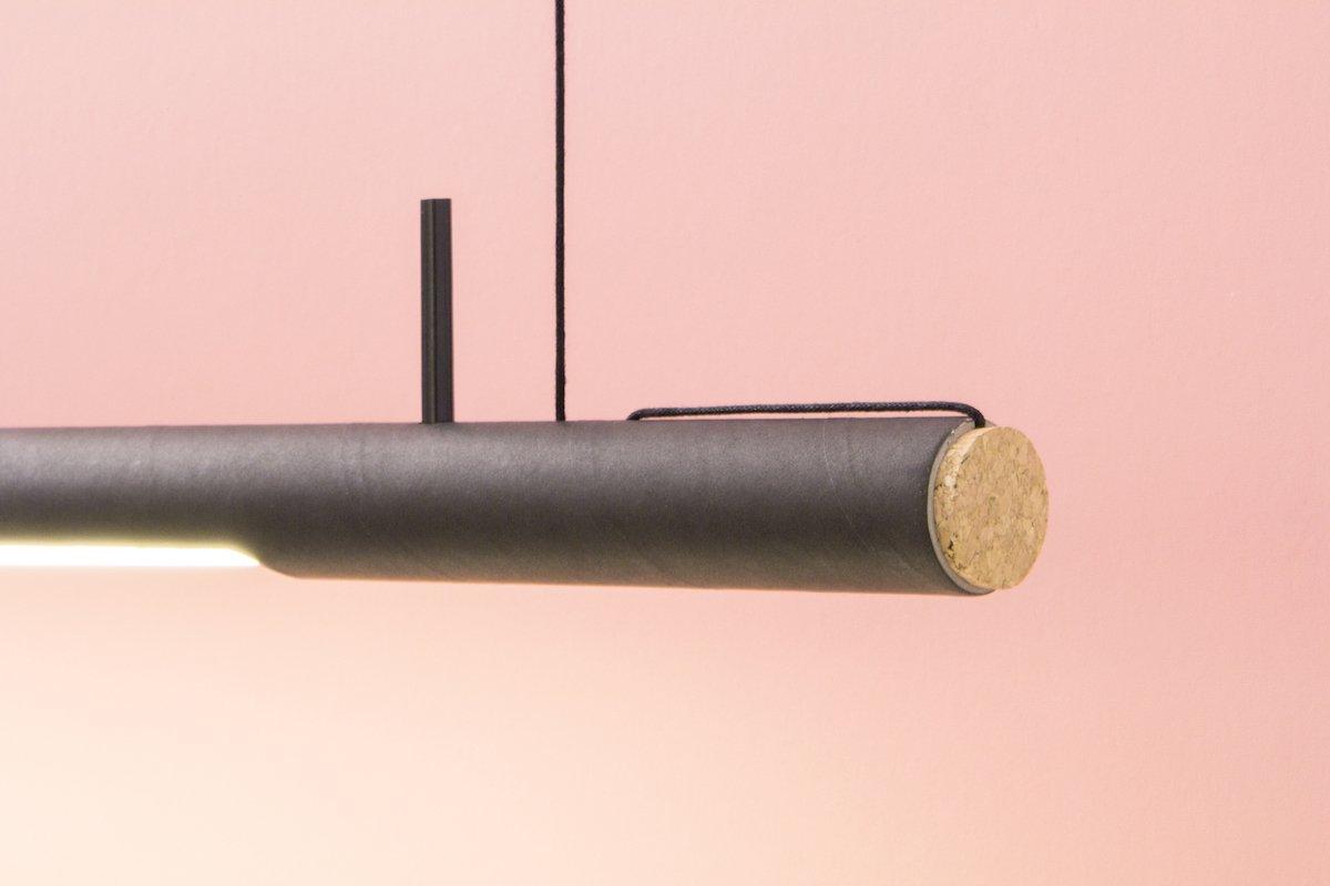 Duurzaam dutch design hanglamp gemaakt van kartonnen verpakking bij Studio Perspective