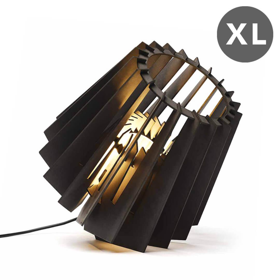 Vloerlamp zwart hout XL Tjalle en Jasper