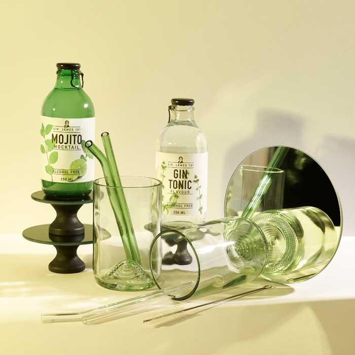 Cocktail Mocktail box glazen met rietje en mix