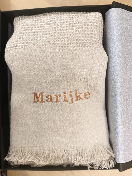 100% linnen plaid met naam Marijke