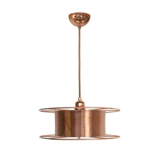 SPOOL DELUXE is een koperen hanglamp van Tolhuijs Design. De duurzame hanglamp wordt gemaakt van afval.