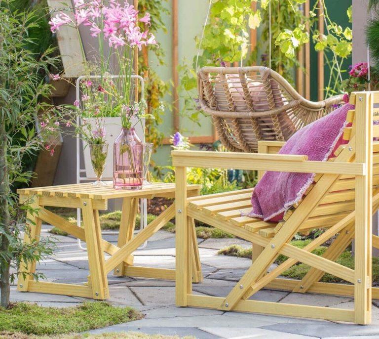 De Patio Easy Chair van Weltevree is een Design tuinstoel, gemaakt van duurzaam Accoya® hout en is onderdeel van de Patioset.