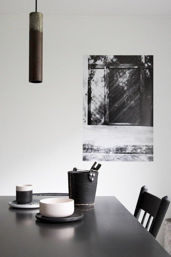 Karven Roest Vertical 45 Zinc is een industriële buislamp met roest en duurzame designverlichting bij Studio Perspective.
