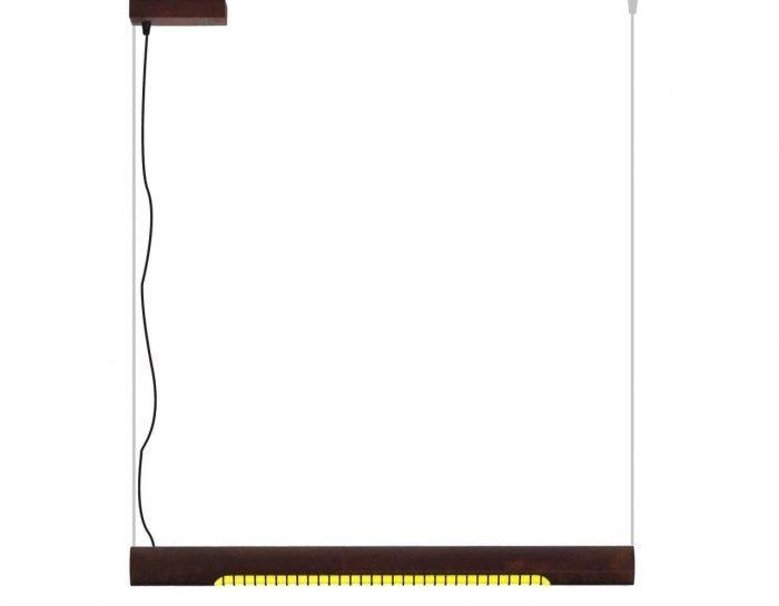 Roest Horizontal 75 is een industriële, horizontale buislamp met roest van Karven. Duurzame hanglamp bij Studio Perspective.