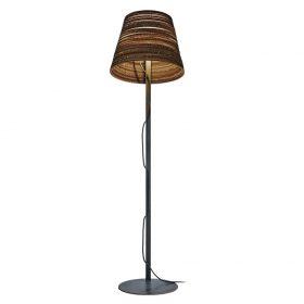 De Scraplight Tilt Floor is een vloerlamp van Graypants. Duurzame en handgemaakte designlamp gemaakt van gerecycled karton.