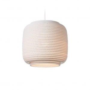 De Scraplight Ausi 14 White van Graypants is een witte Design lamp gemaakt van duurzaam materiaal bij Studio Perspective.
