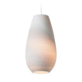 De Scraplight Drop 18 White van Graypants is een witte duurzame designlamp. Prachtige hanglamp bij Studio Perspective.