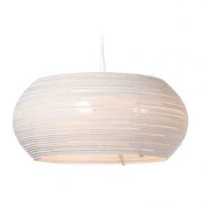 De Scraplight Ohio24 White van Graypants is een witte designlamp van karton, ideaal voor een duurzame bedrijfsinrichting bij Studio Perspective.