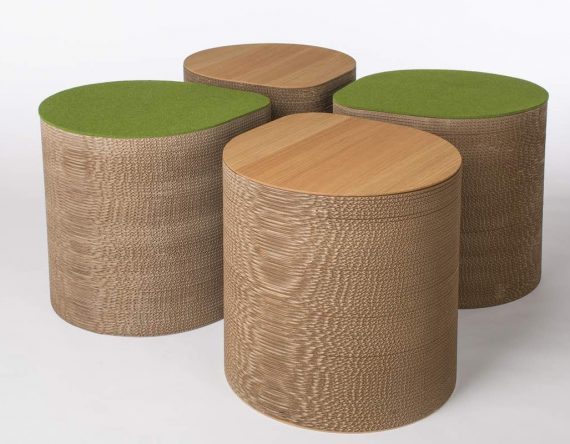 De Cardboard Side Table AMS 02 van Cartoni Design is een multifunctioneel meubel van karton bij Studio Perspective.