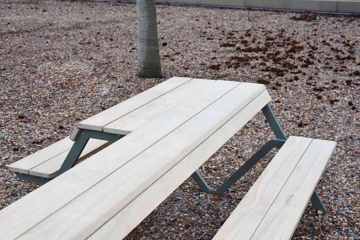 Picknick Tafel En Bank Ineen.Tablebench 4 Seater Weltevree Studio Perspective