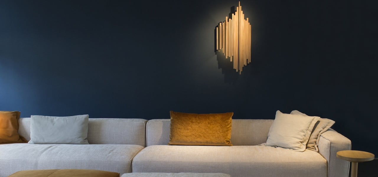 Duurzame designlamp De Lat van Plankstaal bij Studio Perspective