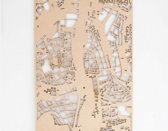 PlanqKaart Houten Stadskaart Maastricht is een houten stadsplattegrond van het centrum van Maastricht bij Studio Perspective.