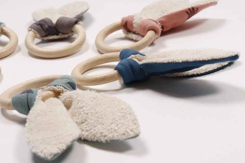 Baby speeltjes van natuurlijke materialen bij Studio Perspective
