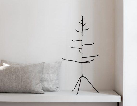 de mini boom zwart K'willeminhuis origine Kerstdecoratie bij Studio Perspective