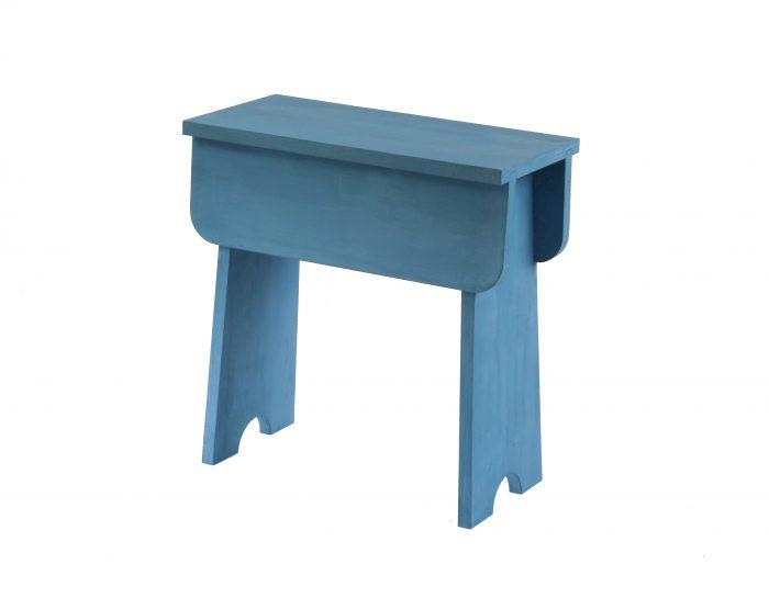 Family W houten kruk shaker blauw