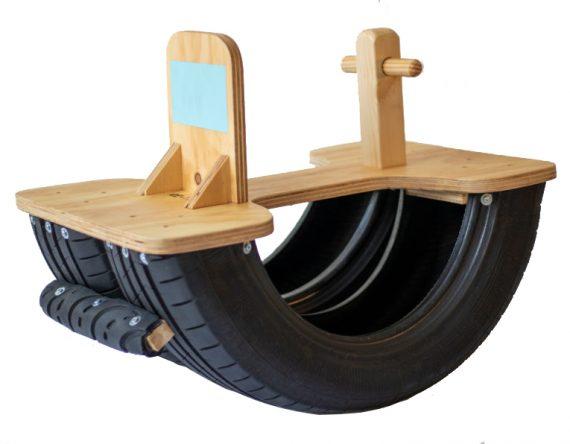 Hobbelband Hobbelpaard Re-tire duurzaam speelgoed bij Studio Perspective