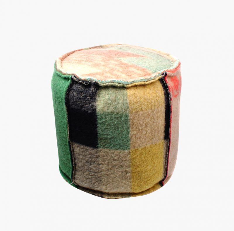 Rescued poef vintage dekens zacht Studio Perspective