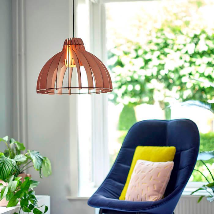 hanglamp sfeervolle verlichting woonkamer roze