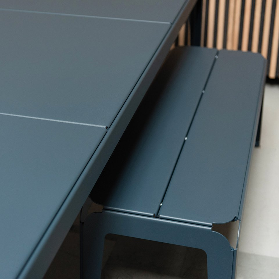 Weltevree-bended-series-grey-blue-outdoor-cooking-and-dining
