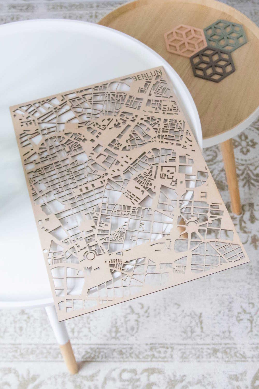PlanqKaart Houten Stadskaart Brussel is een houten stadsplattegrond van Brussel voor aan de muur.