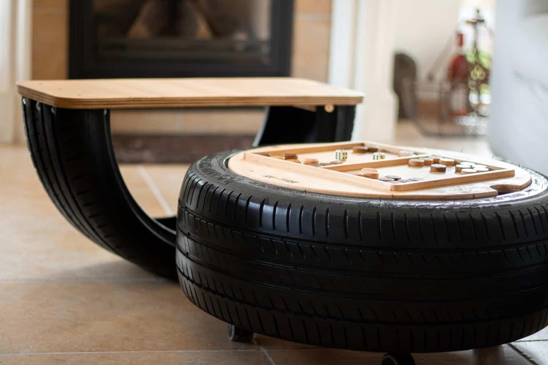 speeltafel hout en autoband Studio Perspective