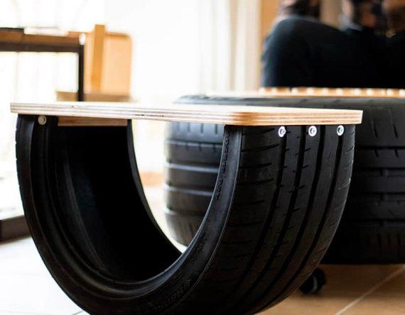 Re-tire autoband kruk bij speeltafel duurzaam Studio Perspective